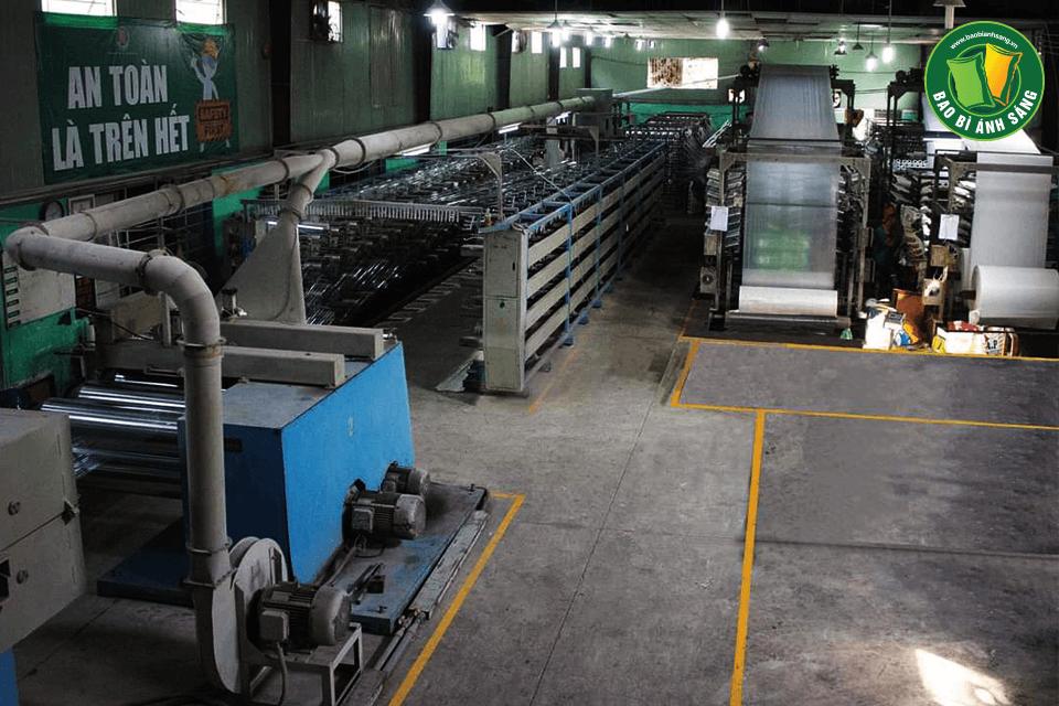 Phân xưởng sản xuất bao bì giấy của Bao Bì Ánh Sáng