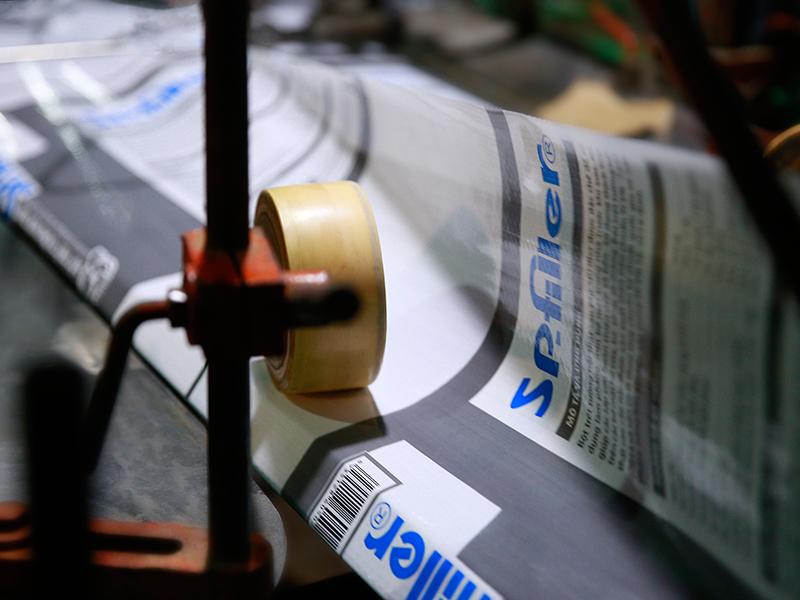 Hình ảnh máy cắt dán - sản xuất bao bì nhựa