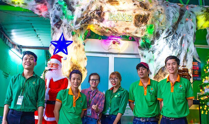 """Giáng sinh """"lung linh sắc màu"""" tại Bao Bì Ánh Sáng"""