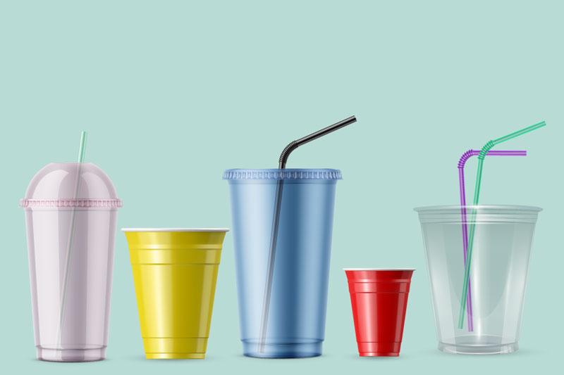 Ly nhựa đựng nước uống được sử dụng nhiều trong cuộc sống