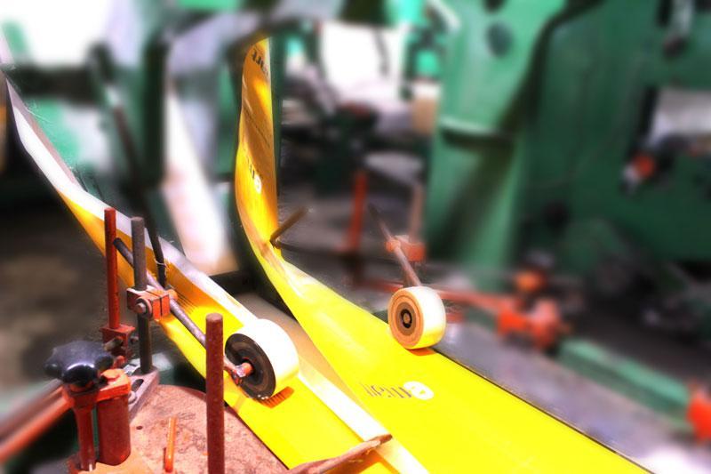 Cắt dán và tạo hình cho túi vải pp dệt - quy trình sản xuất túi vải pp dệt
