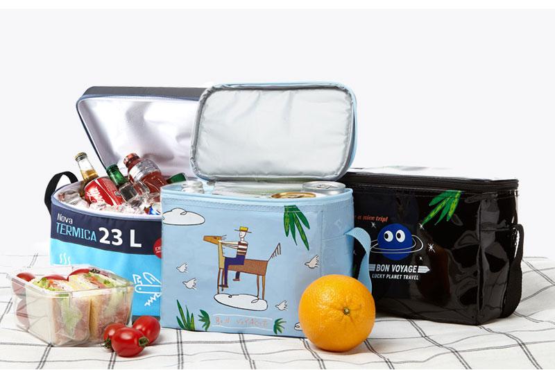 Túi giữ nhiệt in ấn màu sắc ấn tượng giúp thương hiệu được quảng bá rộng rãi