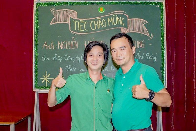 Anh Như Anh (chủ tịch hội đồng quản trị công ty) cùng anh Vân Trung (giám đốc điều hành)